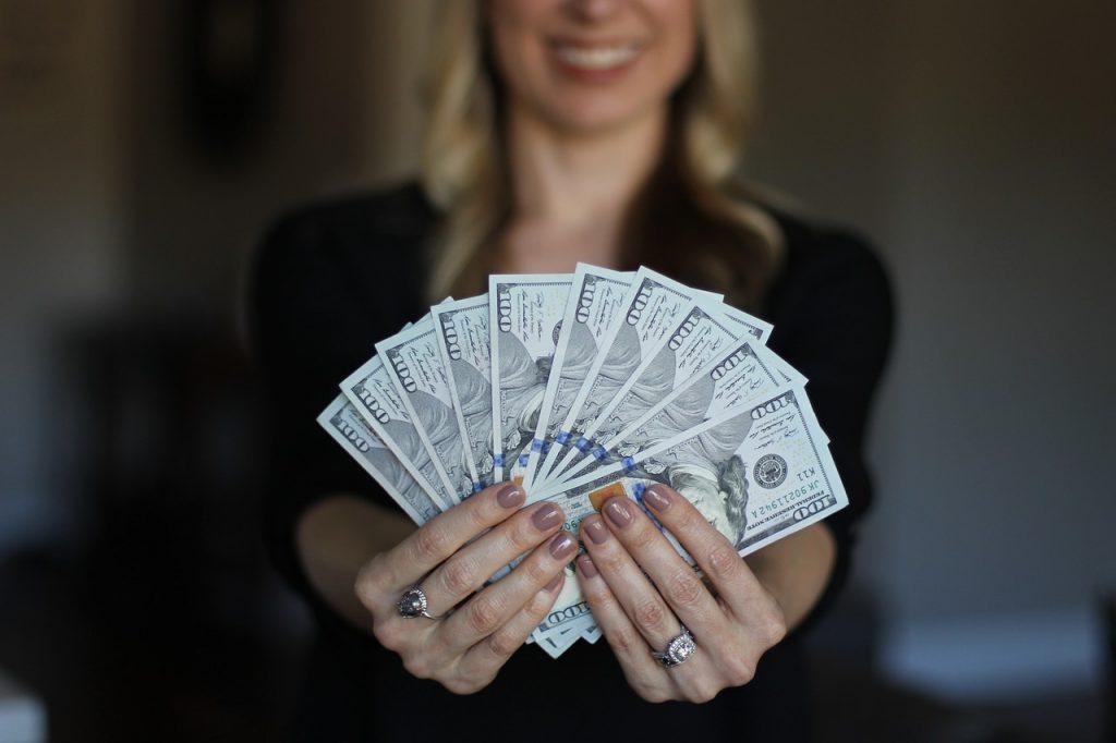 криптоблогеры-деньги