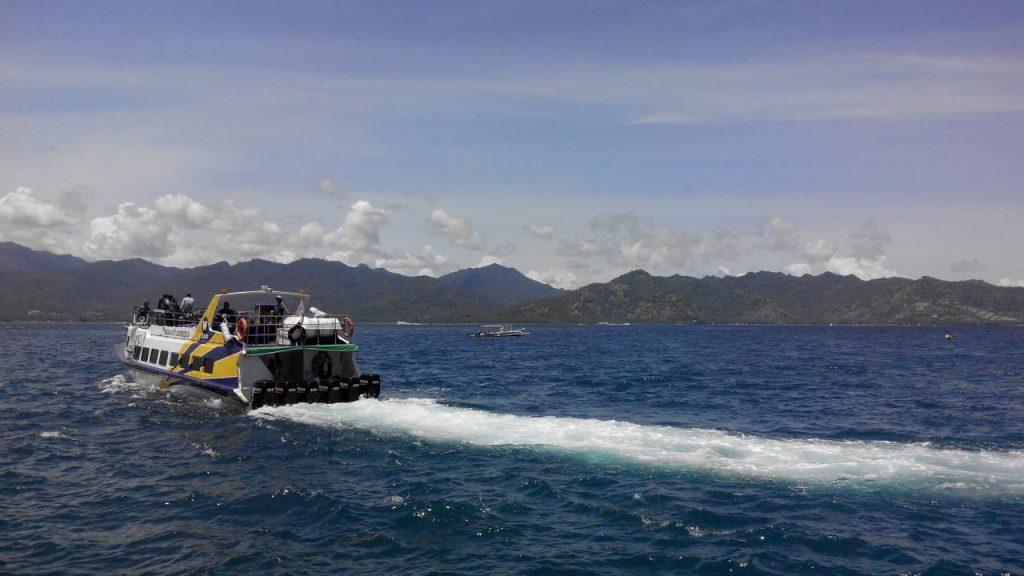 Индонезия скоростной транспорт между островами. Остров Ломбок