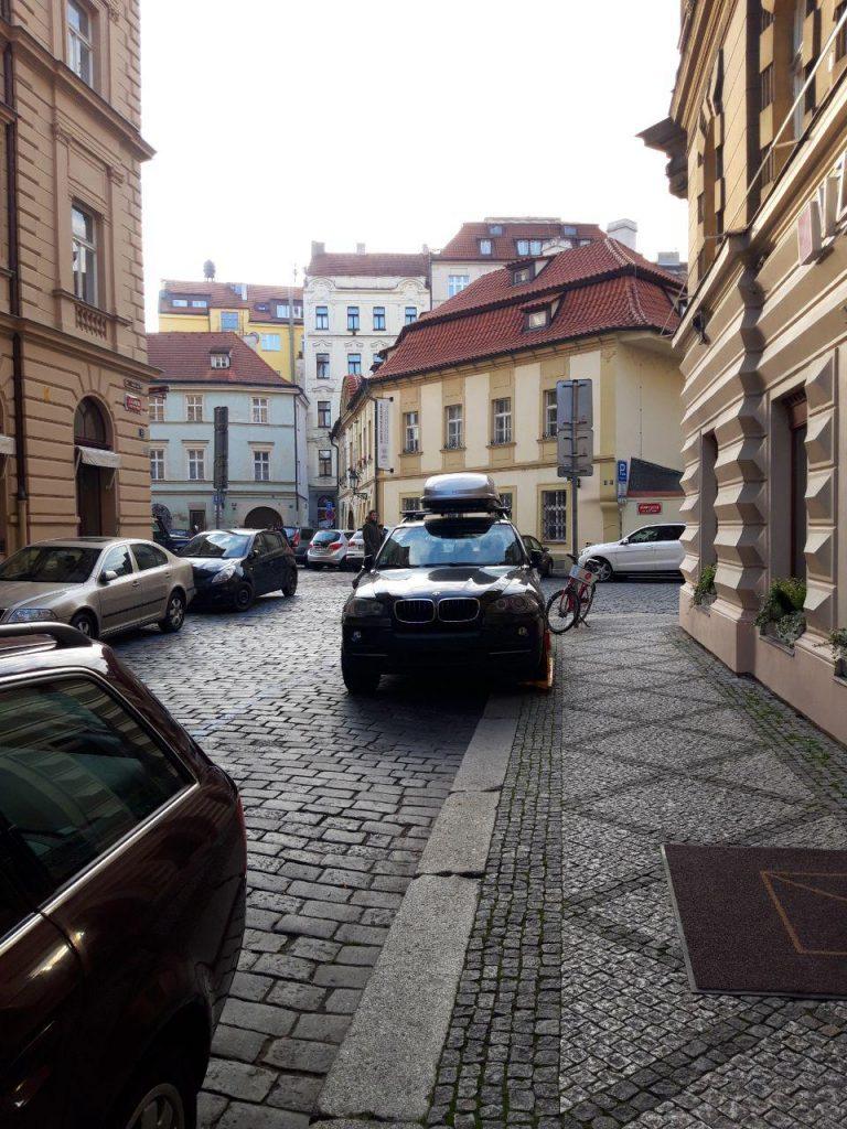 в Чехии нужно соблюдать законы и правила