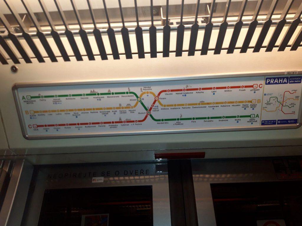 схема пражского метрополитена