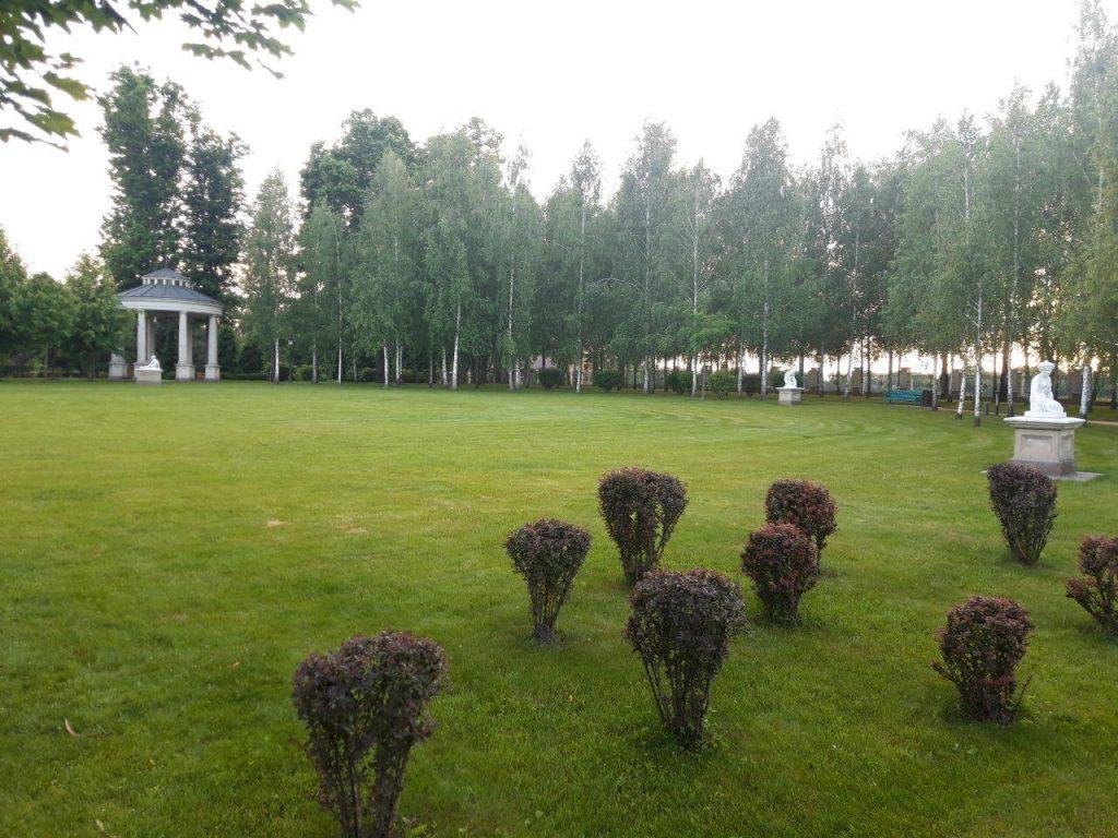 парк межигорье украина киев