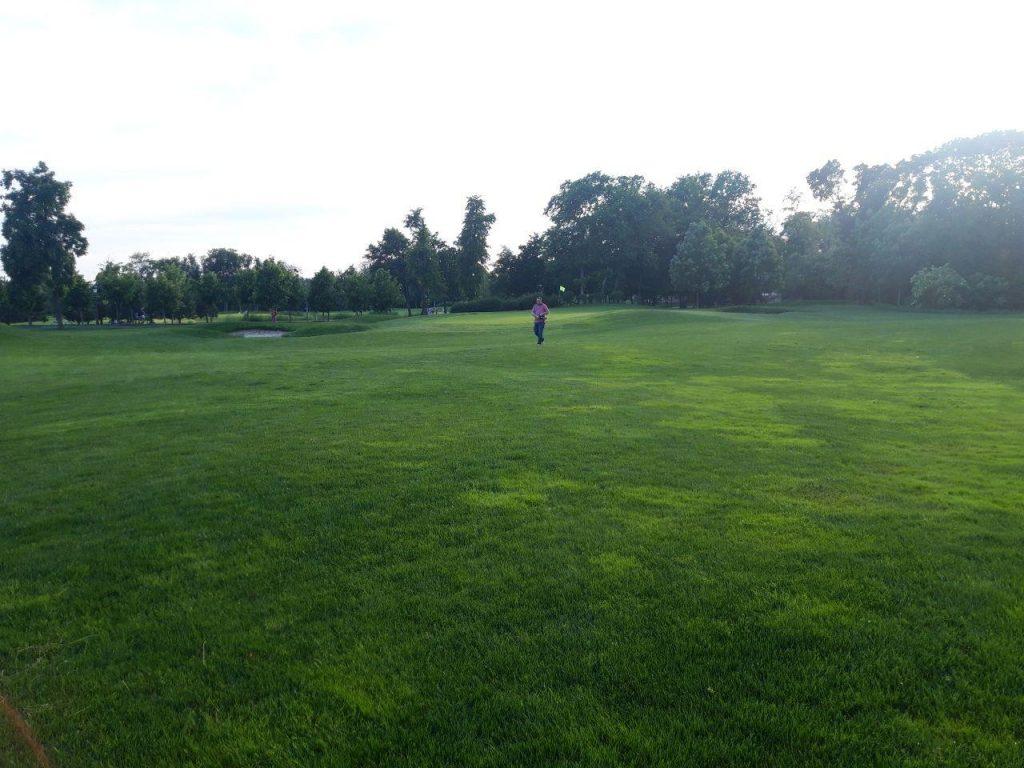 поле для гольфа киевская область
